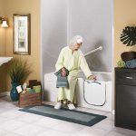 thiết bị vệ sinh cho người già