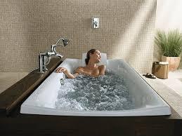 Hướng dẫn cách sử dụng bồn tắm nằm – massage đúng cách