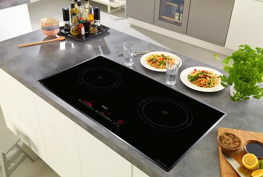 Giá bếp từ bao nhiêu? Bảng giá bếp Bosch, Malloca, Teka, Hafele năm 2021
