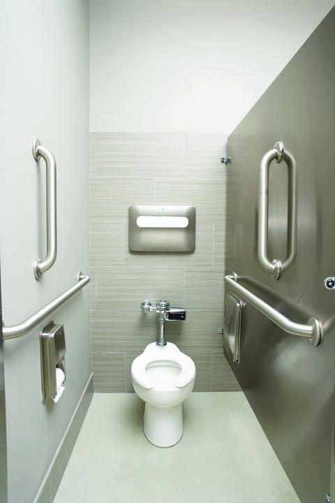 Thiết bị vệ sinh dành cho người cao tuổi người già (bồn cầu – lavabo)